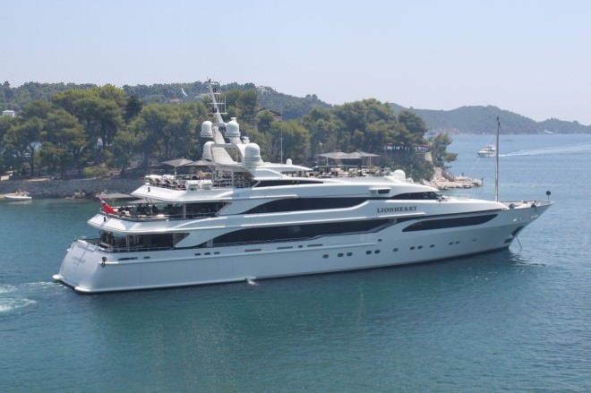 10 Billionaires And Their Yachts The Gentleman S Journal The