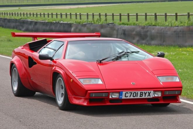 The Greatest Supercars Of The 1980s The Gentleman S