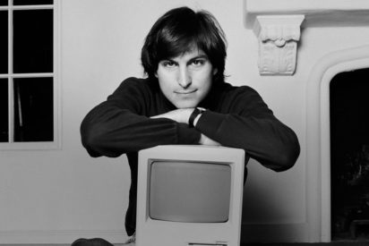 Steve Jobs black and white young