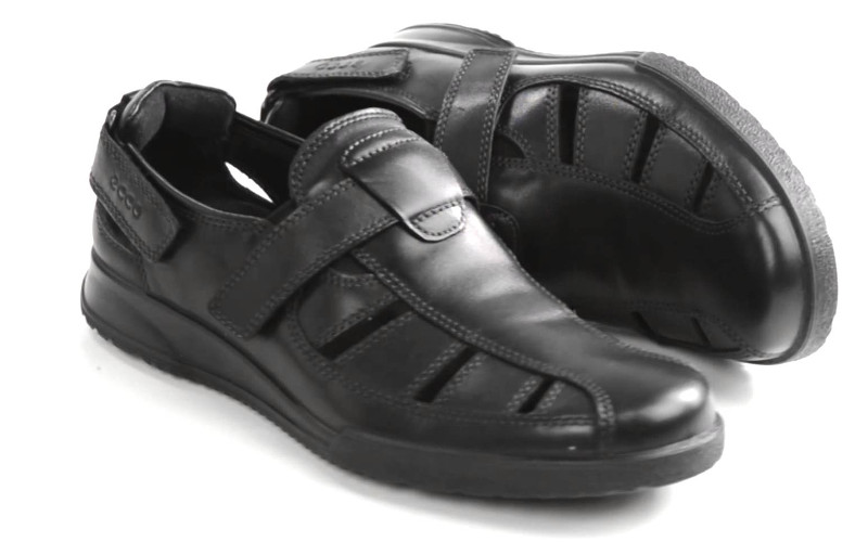 49828a8a1771 The 5 worst men s shoe styles of all time