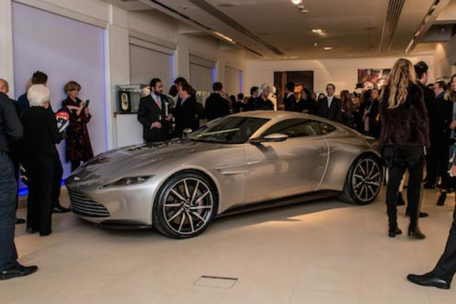 James Bond S Db10 Smashed The Reserve Price Last Night The