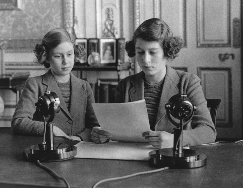 1940 - Princesses Elizabeth and Margaret make a broadcast to the children of the Empire (Getty Images)