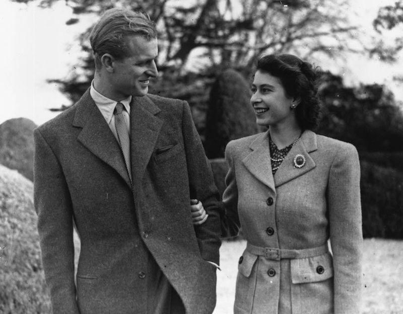 1947 - The Queen and Philip during their honeymoon at Broadlands, Romsey, Hampshire (Getty)