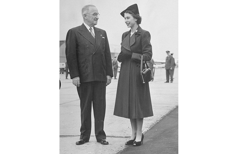 1951. Elizabeth with Harry S. Truman (George Skadding - The LIFE picture collection)
