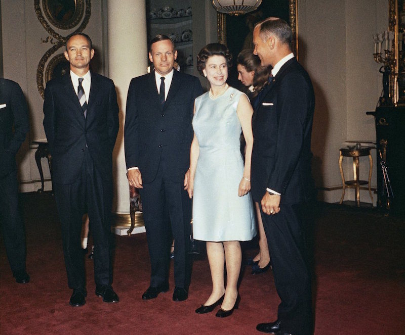 1969 - Queen Elizabeth with US astronauts Neil Armstrong, Michael Collins and Edwin 'Buzz' Aldrin. (AP)