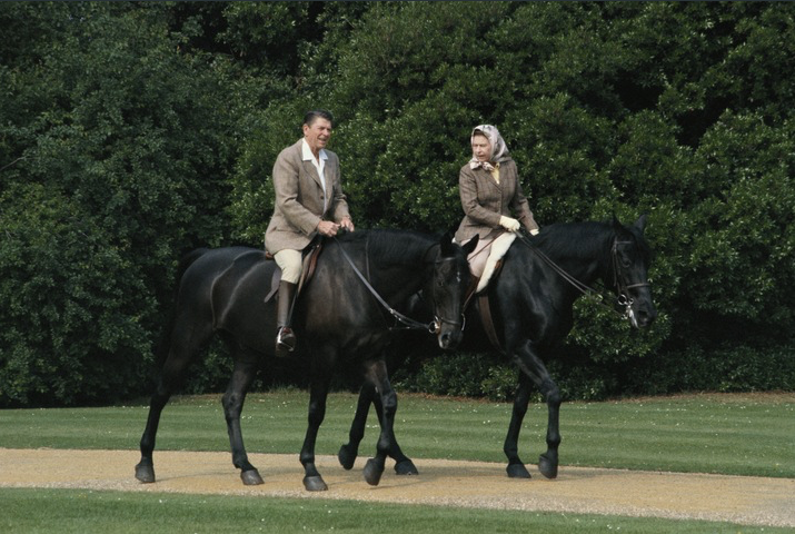 1982 - Queen Elizabeth and Ronald Regan riding in the grouds of Windsor Castle. The horses were gifts to the Queen from the Canadian Mounted Police. (Georges De Keerle : Getty Images)