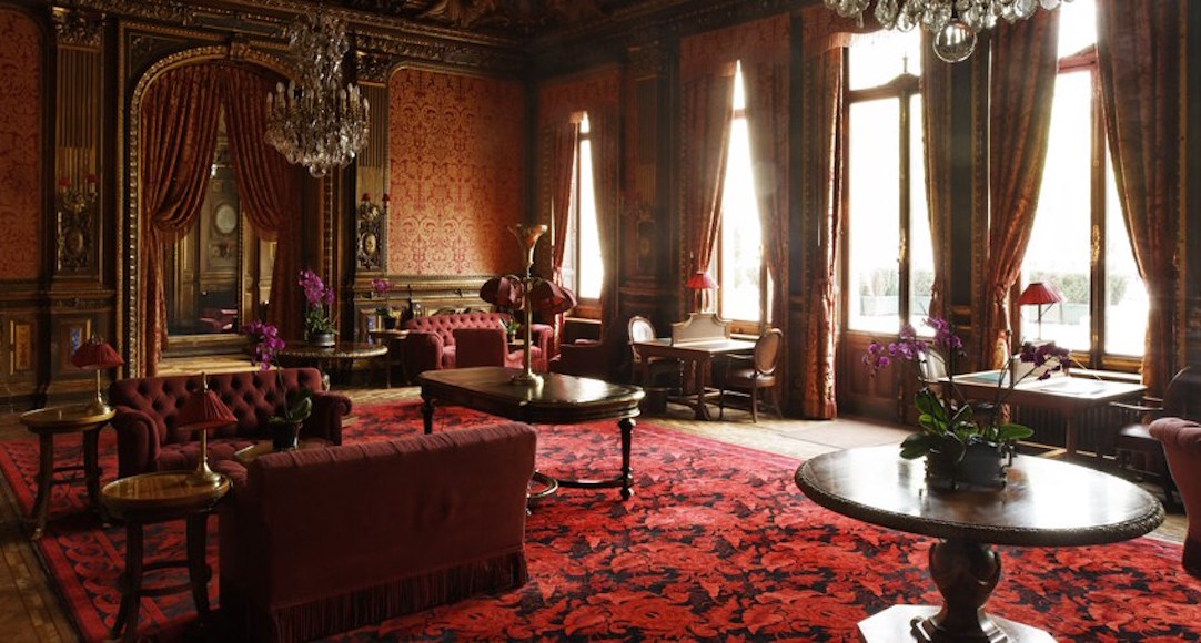 A Gentleman S Guide To The Parisian Members Club The
