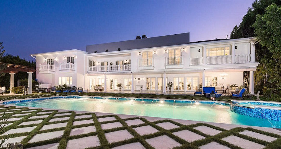 Inside Trump's astonishing multi-million dollar homes