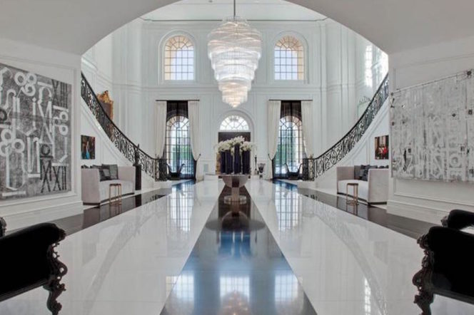 At $200 million, this just became the most expensive home in America