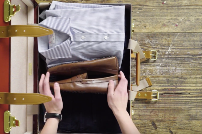 Video: How to pack a suitcase