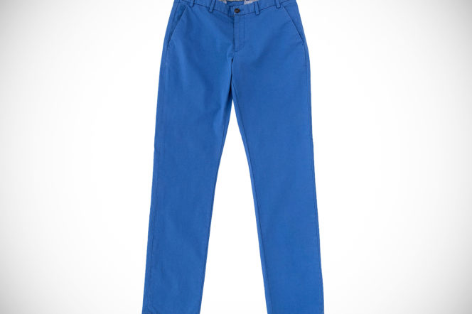 5 essential chinos to add colour to your style