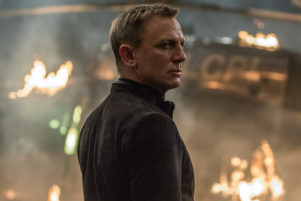 Daniel Craig 007 Spectre helicopter fire