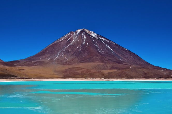 Licancabur and laguna verde by Pedro Szekely