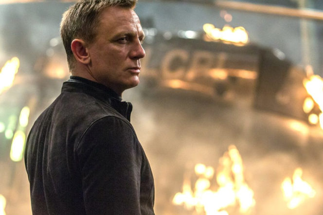 Daniel Craig finally confirms his return as James Bond