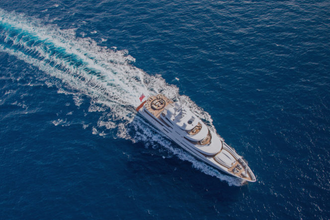 Watch: The perfect way to spend a yacht charter day