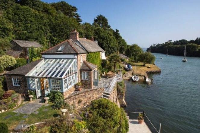 6 of the best British homes by the sea