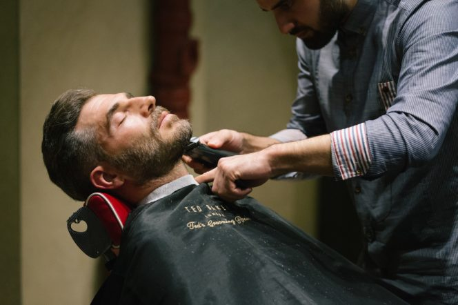 the growth of the mens grooming industry The men's grooming category has always been a slow-moving one in terms of market growth, with a small number of multi-nationals dominating the sector while middle east and africa (mea) is known as one of the fastest growing regions for the overall beauty and personal care industry.
