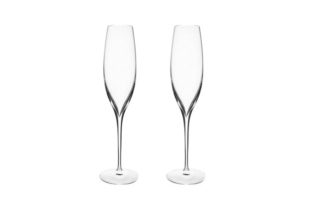 7 pieces of glassware every gentleman should own