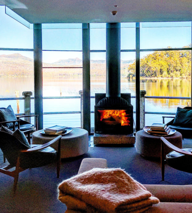 This Tasmanian wilderness retreat will call you to the country