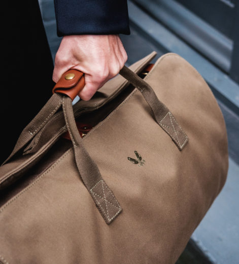 We don't go anywhere without a Bennett Winch suit carrier holdall. Neither should you.
