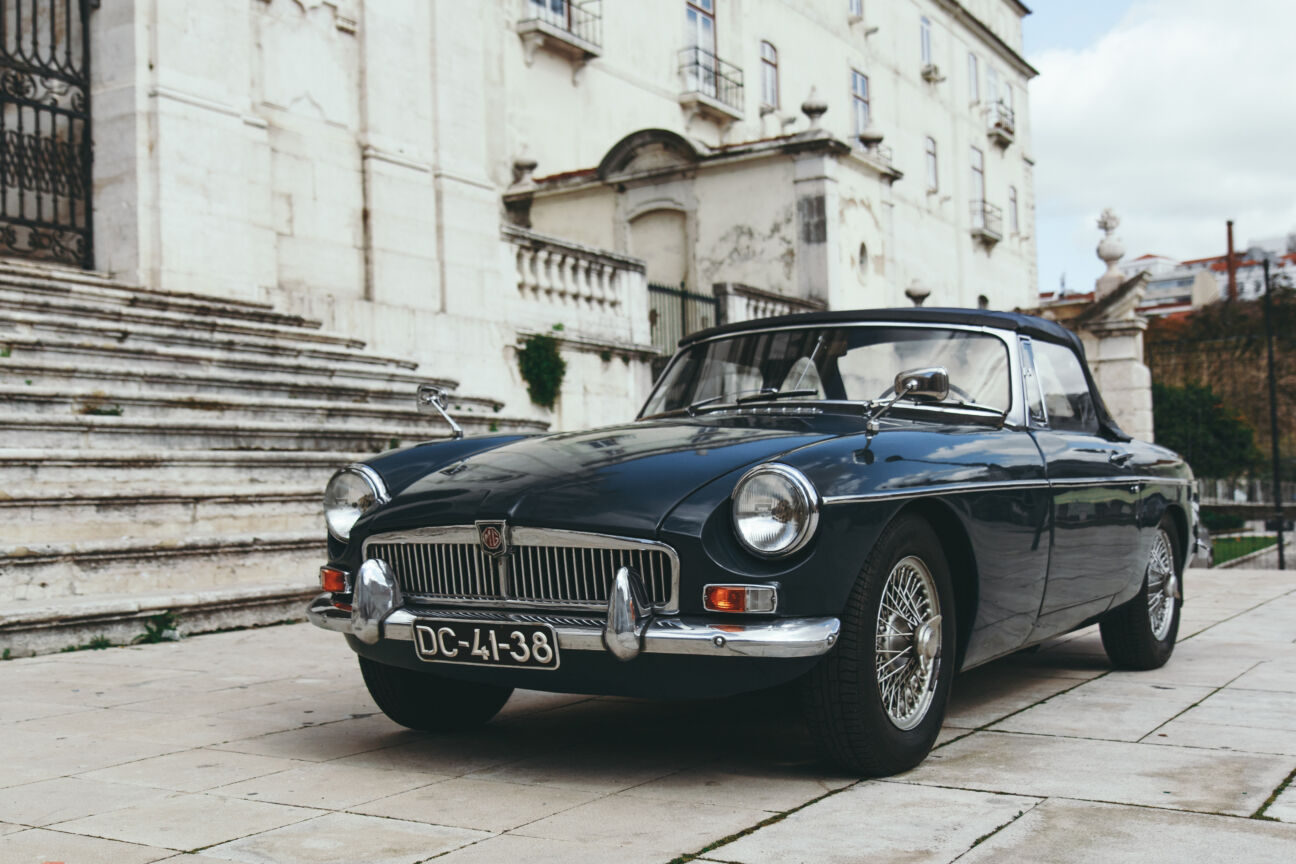 This book will teach you how to photograph cars for Instagram