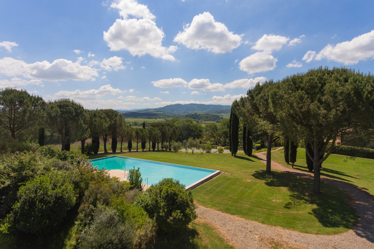 This rustic Tuscan farmhouse is your perfect summer home