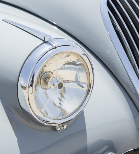 With this 1951 Jaguar Roadster, cruising down the coast has never looked so good