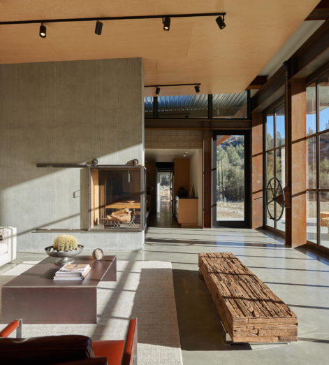 This self-sufficient Californian home is as tough as nails