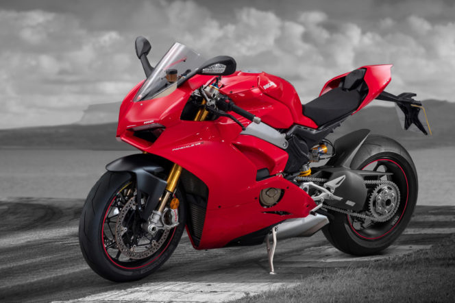 Naked or retro? The 6 best motorbikes right now