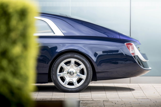 This Rolls-Royce will sweep you off your feet