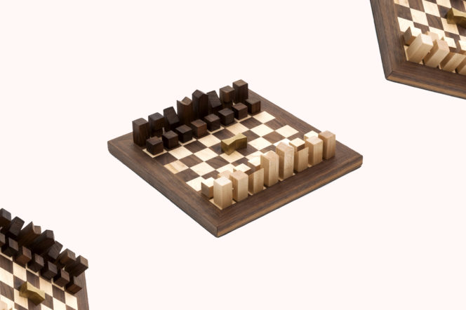 Editor's Picks: Winter Boots, Chess Set and Brown Leather Backpack