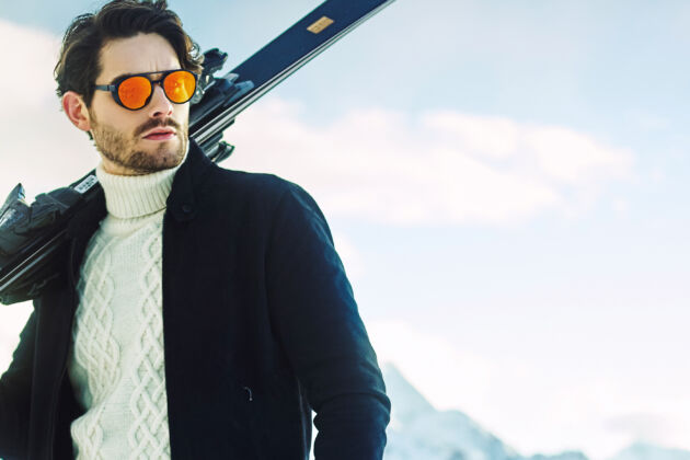 what to wear skiing
