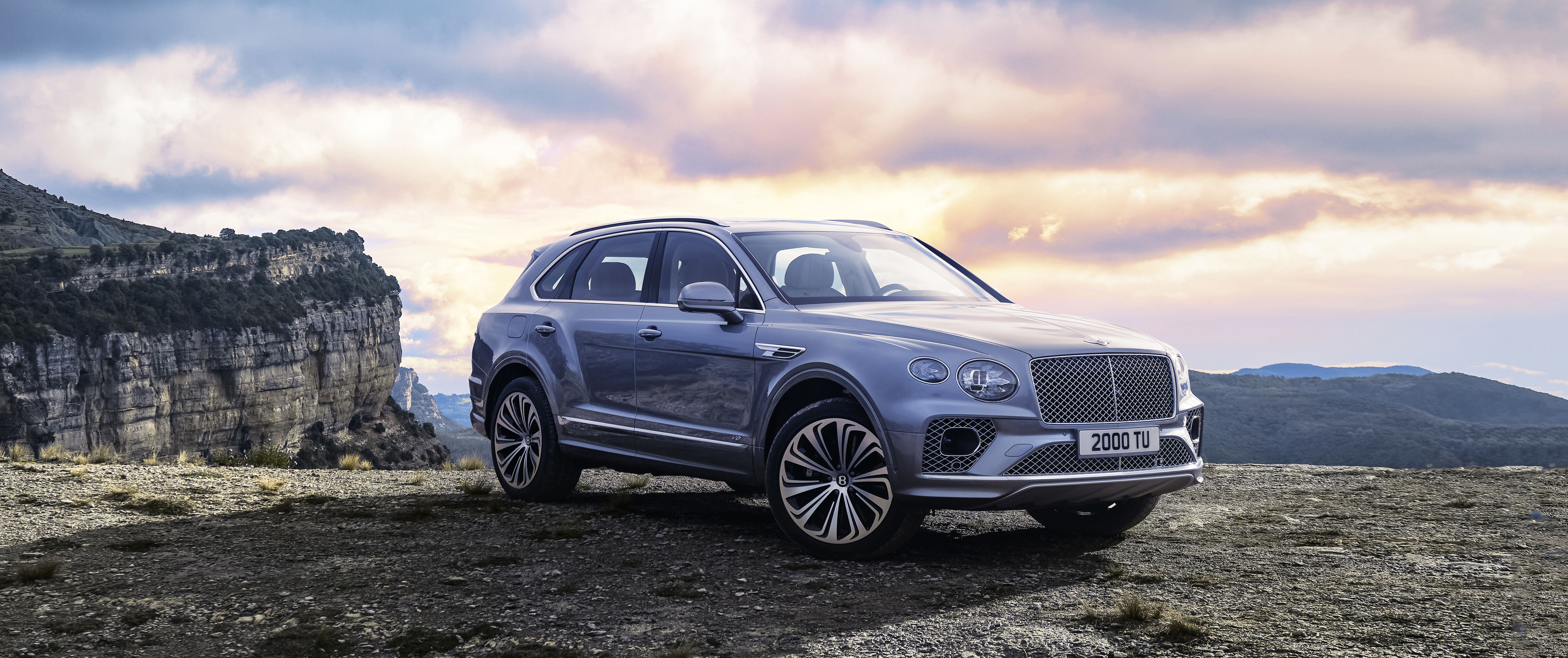 Which Luxury Suv Is Right For You Gentleman S Journal