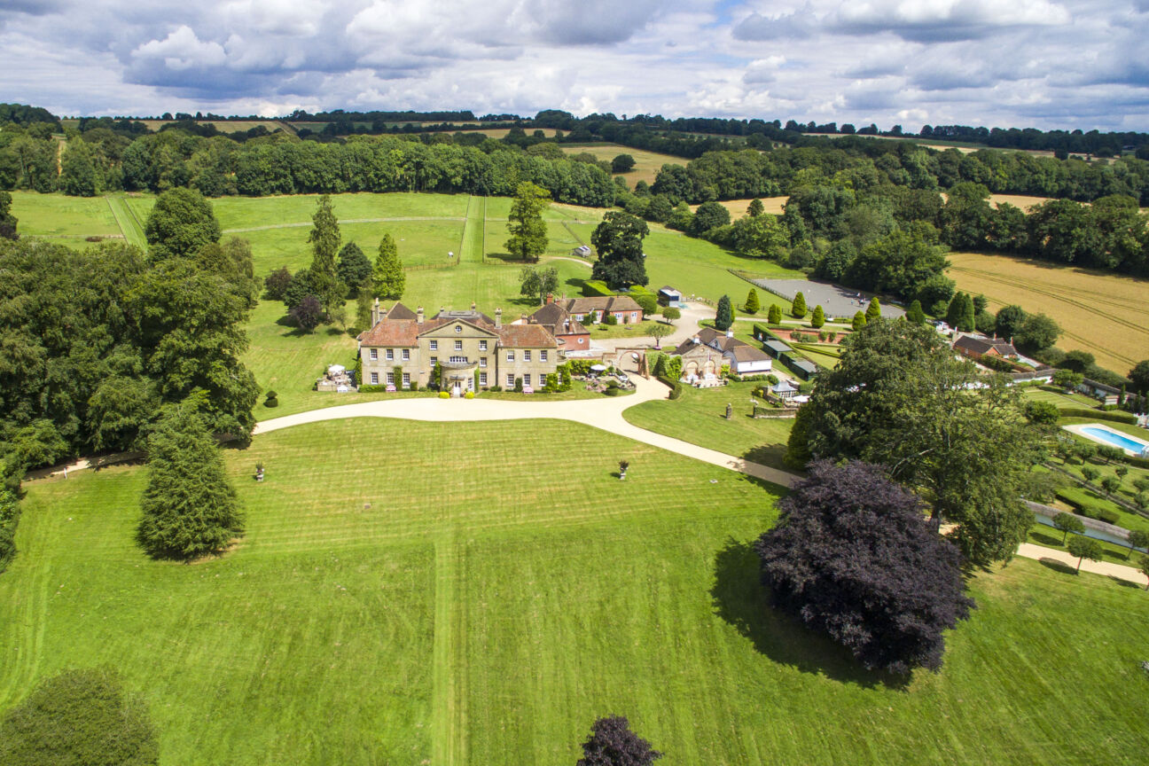 If you're looking for the ultimate English country manor, we've found it