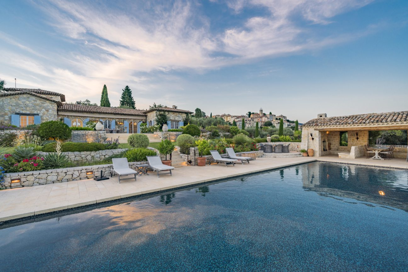 This stunning property in the Côte d'Azur could be your new summer hideaway