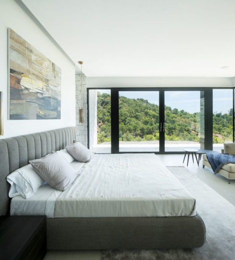 This panoramic Spanish villa is your ideal new summer home