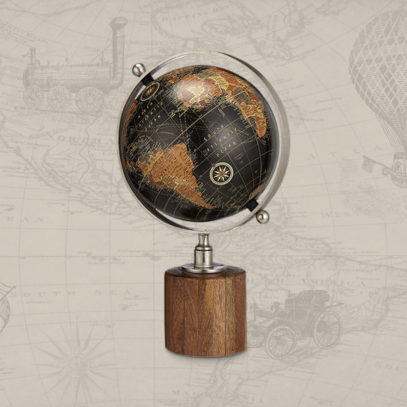 Here are the desk globes you should be spinning in your office…