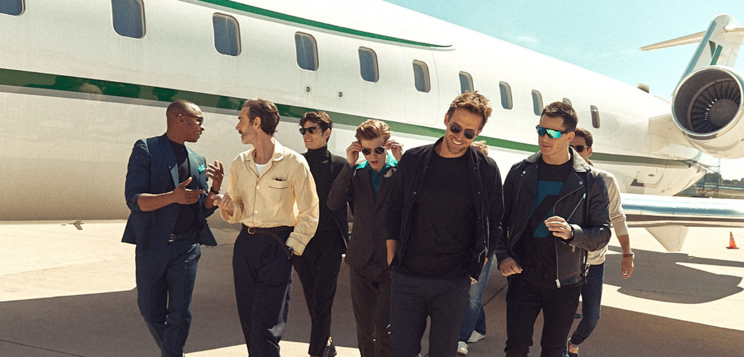 men with private jet