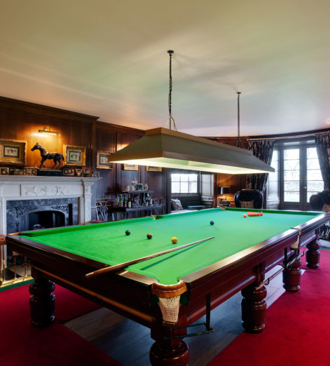 seton-castle-billiards