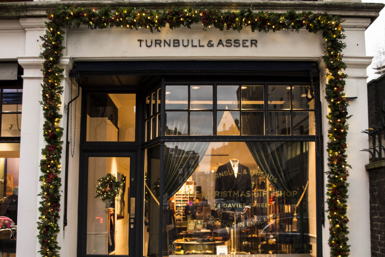 Turnbull & Friends Christmas Shop