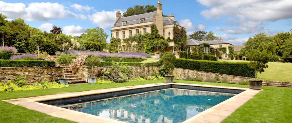 Little Manor in Oxfordshire is the perfect commute-friendly country retreat