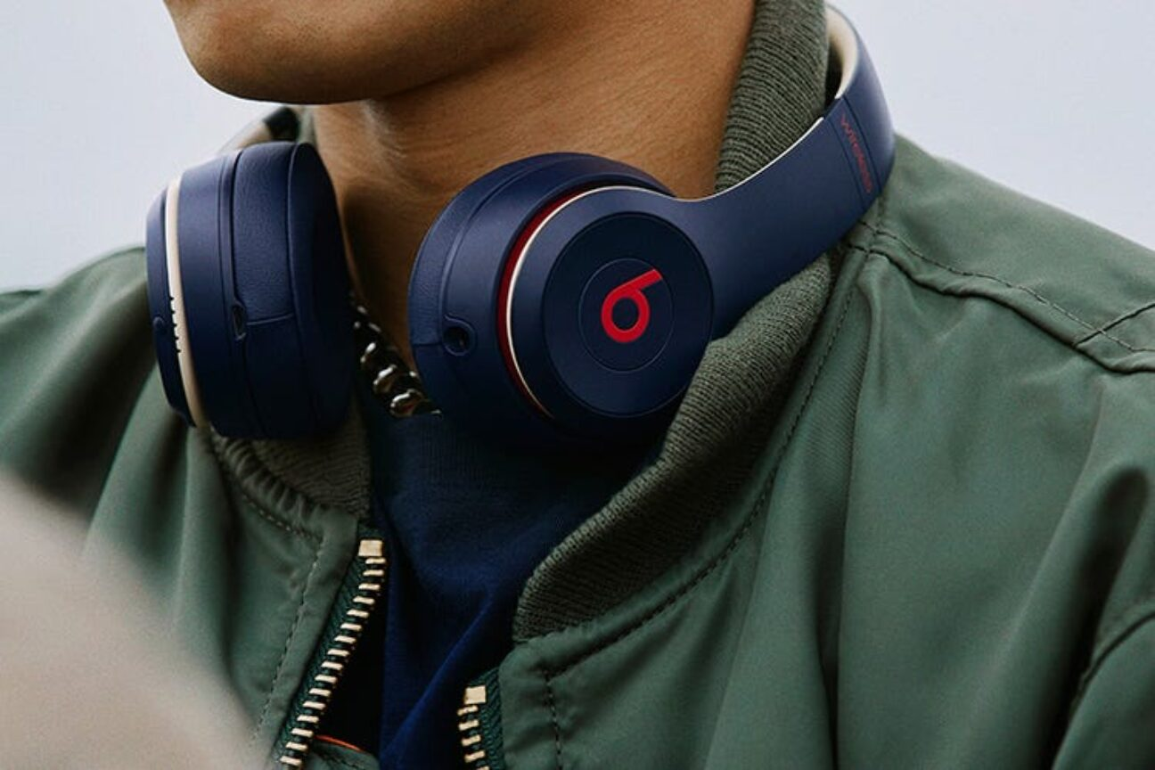This is what your headphones say about you