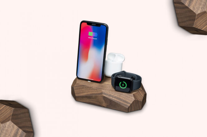Oakywood Walnut Triple Charging Dock