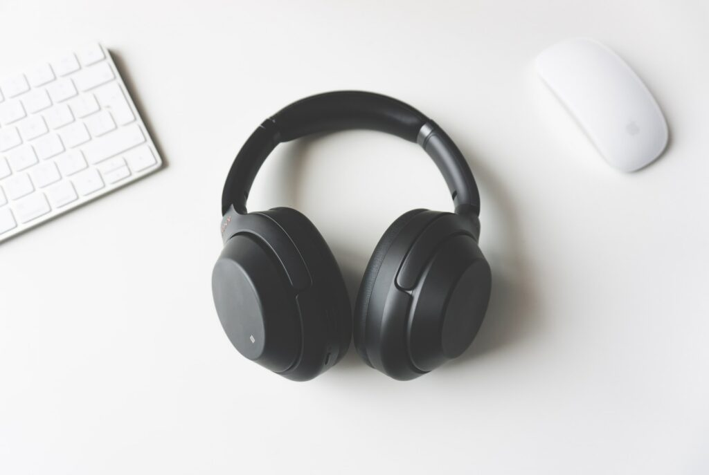 This is what your headphones say about you | The Gentleman's Journal