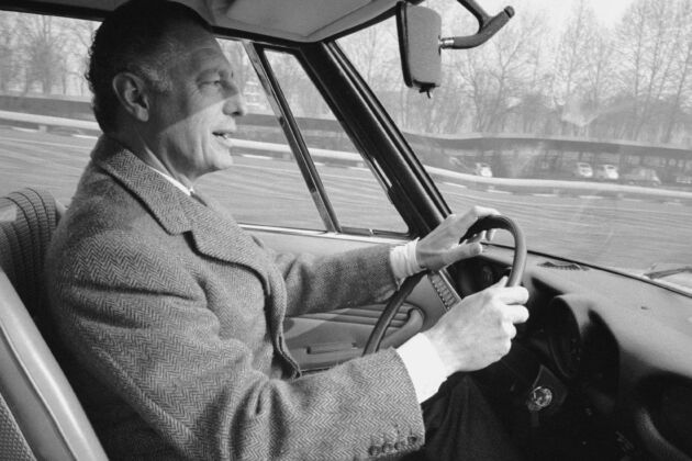 Portrait of Italian businessman and president of the Fiat automobile company (Fabbrica Italiana Automobili Torino) Gianni Agnelli (1921 - 2003), as he sits in the driver's seat of a Fiat 124, Italy, February 1967. (Photo by David Lees/The LIFE Picture Collection via Getty Images)