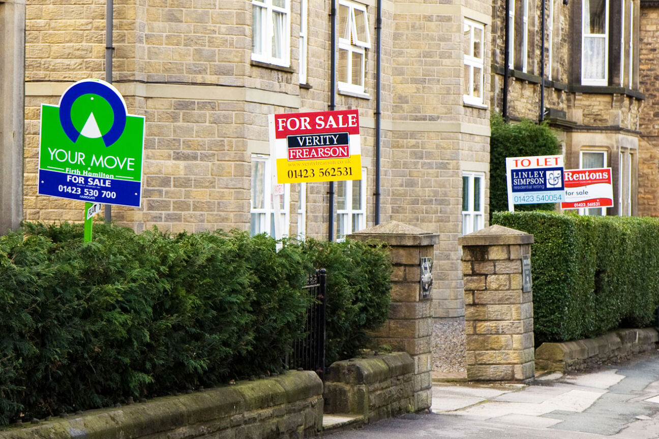 first time buyers for sale signs