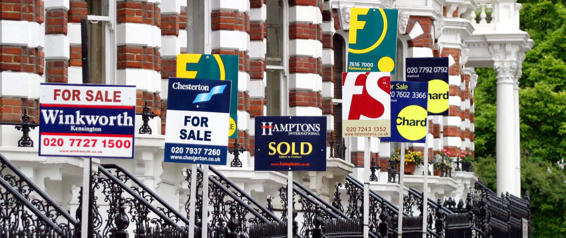 first-time buyer for sale signs