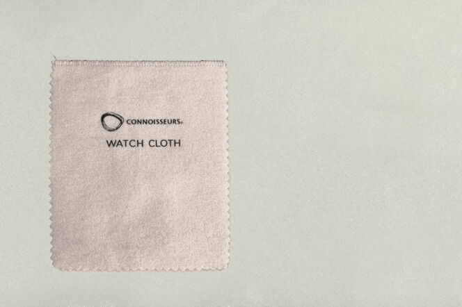 watch cleaning cloth