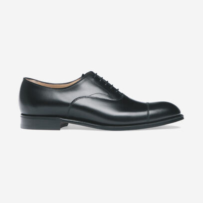 Here's why every man should own a good pair of Oxfords